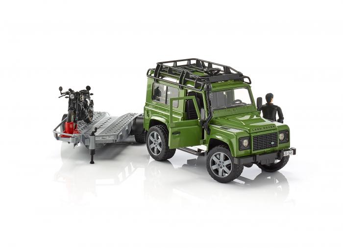 Masina Jeep Land Rover verde cu statie de tractare, motocicleta Ducati Scrambler Cafe Racer si figurina Bruder 4