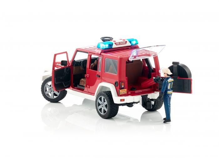 Vehicul Jeep Wrangler de pompieri cu figurina pompier Bruder 3