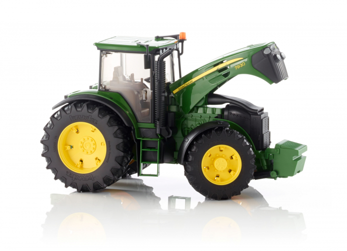 Tractor John Deere verde, modelul 7930, Bruder 0