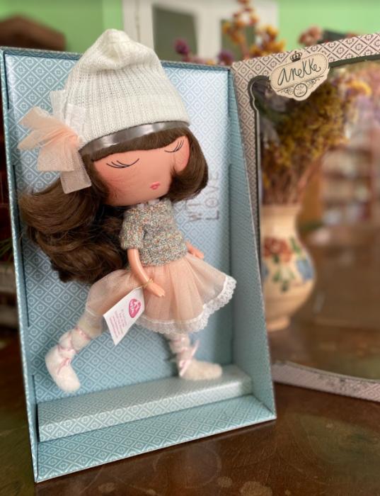 Papusa Anekke, colectia Invierno, Berjuan handmade luxury dolls 4