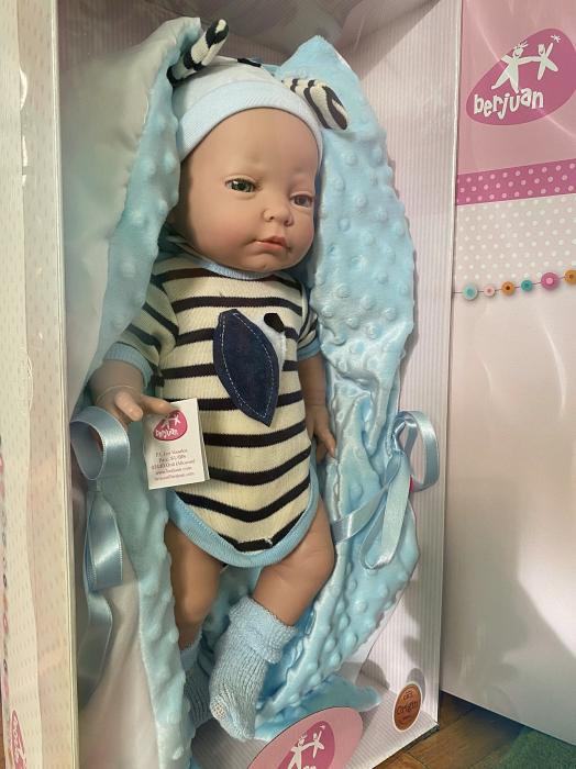 Papusa bebelus baiat, Arrullo Azul, colectia New Born Special, Berjuan handmade luxury dolls [2]