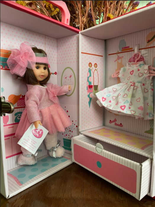 Papusa Irene set, colectia Boutique, Berjuan handmade luxury dolls 2