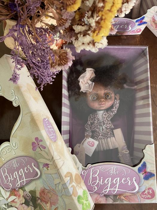 Papusa Jollie Bonnaire, colectia The Biggers, Berjuan, handmade luxury dolls 1