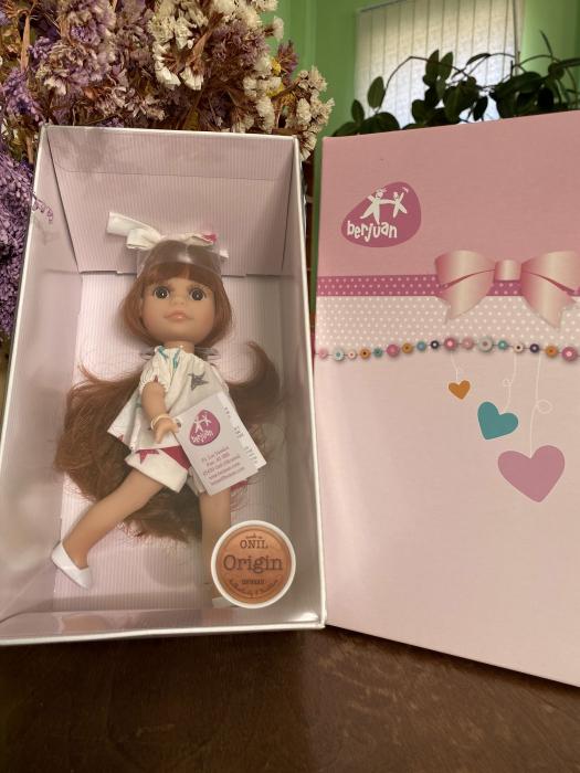 Papusa Luci, roscata, colectia Boutique, Berjuan handmade luxury dolls 2