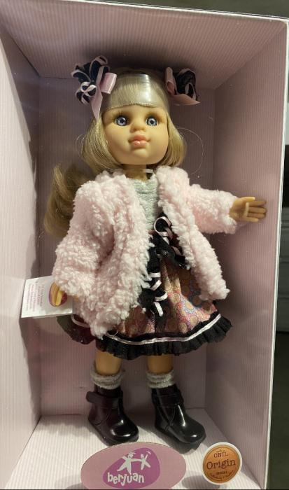 Papusa Rubia Abrigo, colectia My Girl, Berjuan handmade luxury dolls [4]