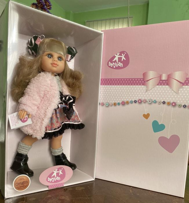 Papusa Rubia Abrigo, colectia My Girl, Berjuan handmade luxury dolls 2