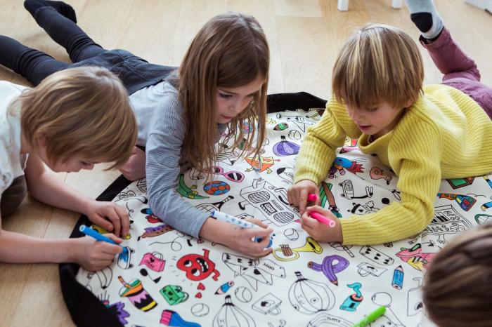 Patura de joaca 3 in 1 Play &Go, plansa de colorat, rucsac de depozitat 3