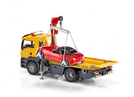Jucarie camion platforma de tractare Man TGA cu modul de lumini si sunet+ masina Roadster Bruder2