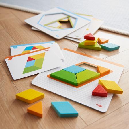 Joc creativitate forme colorate - 20x20x0.4 cm2