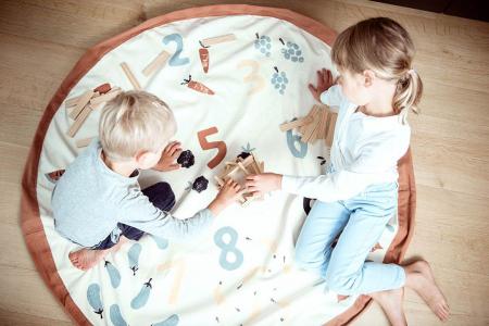Patura de joaca imprimeu legume si numere5