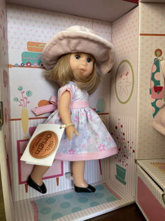 Papusa Irene Rubia set, colectia Boutique, Berjuan handmade luxury dolls [3]