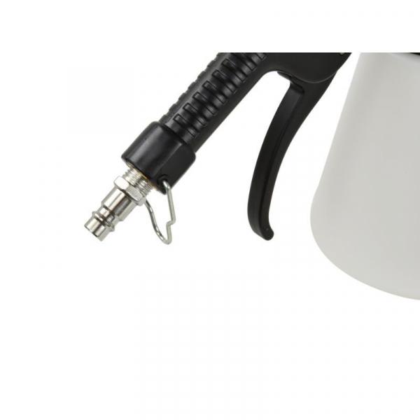 Dispozitiv pneumatic pentru schimbat si aerisit lichidul de frana 5