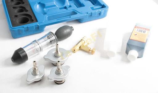 Tester garnitura de chiuloasa cu adaptoare si solutie 2