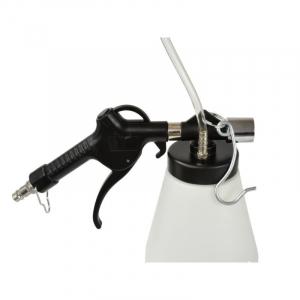 Dispozitiv pneumatic pentru schimbat si aerisit lichidul de frana1