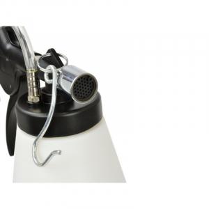 Dispozitiv pneumatic pentru schimbat si aerisit lichidul de frana2