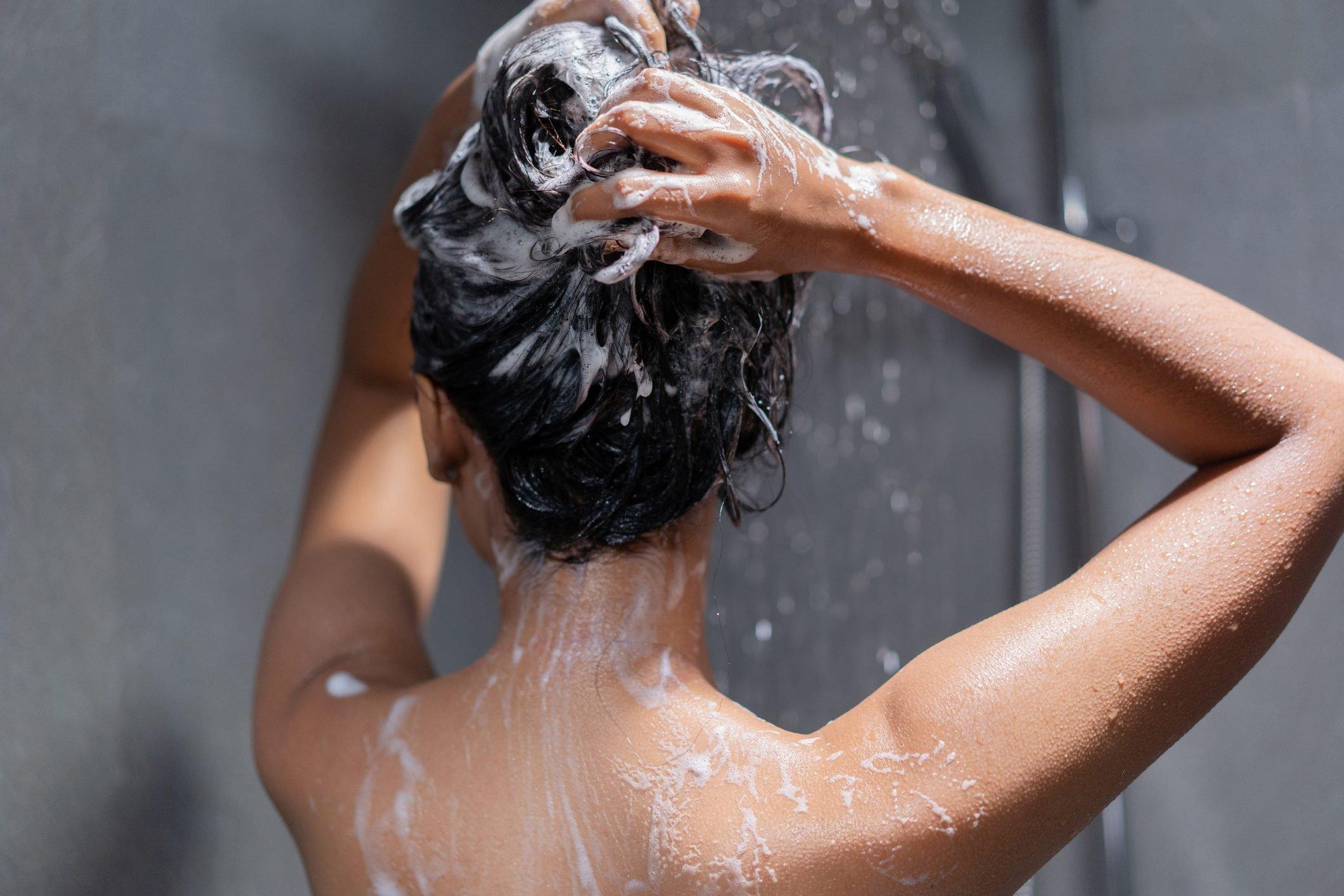 sampon scalp iritat sau sensibil