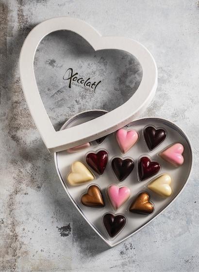 Heart Box - Inimi de ciocolată cu umplutură 130G