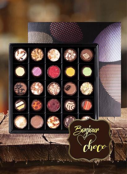 Asortiment bomboane de ciocolată