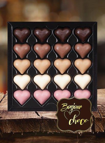 Asortiment 20 inimi ciocolată