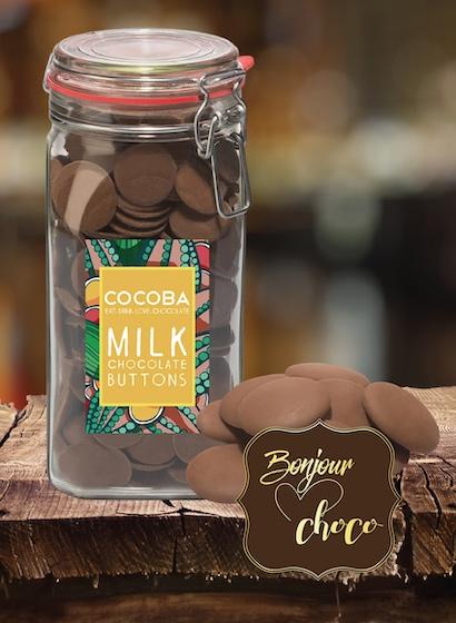 Borcan gigant cu năsturei de ciocolată cu lapte