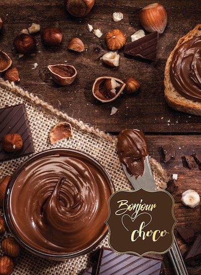 Cremă de ciocolată neagră cu alune de pădure