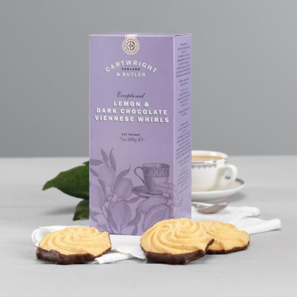 Biscuiti cu lamaie si ciocolata neagra in cutie carton 200G [2]