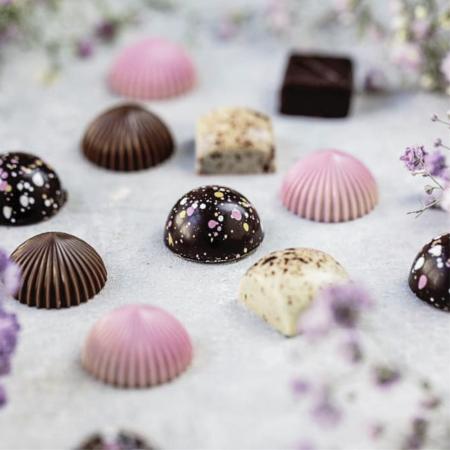 Limited Pink 9 - Selectie premium bomboane de ciocolata 80G [5]