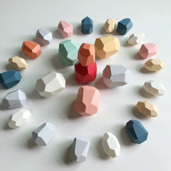 Pietre in echilibru - Joc stivuire din lemn, 22 piese [0]