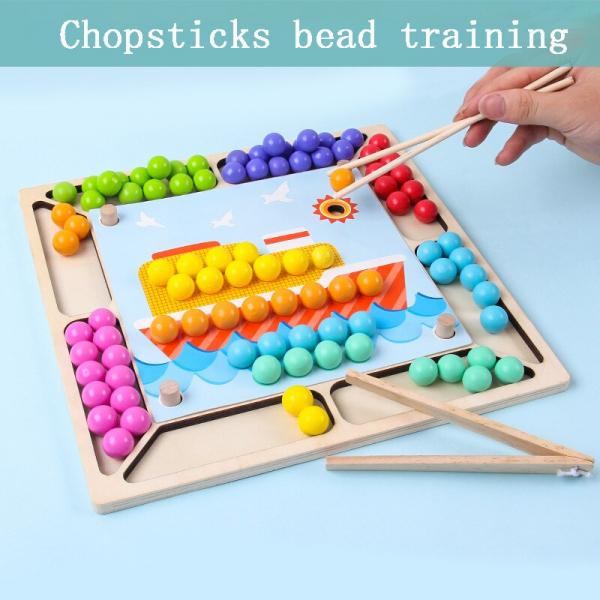 Joc Montessori de asociere si indemanare cu bile colorate [3]
