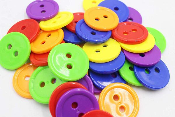 Joc şnuruit - Nasturii pe Haine (Clothes buttons) [5]