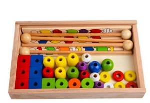Jucarie Montessori din lemn - Insira bilele pe bete [3]