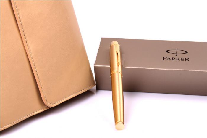 Cadou Gold Business Planner with Parker 3