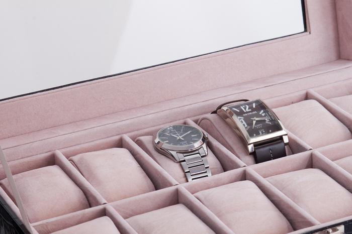 Set cutie 12 ceasuri piele si Note pad Hugo Boss - personalizabil 3