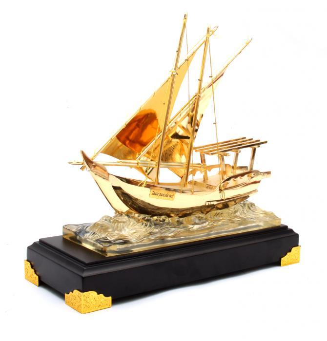 Machetă Golden Ship 24 karate 0