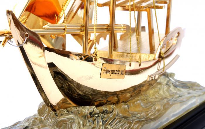 Machetă Golden Ship 24 karate 1