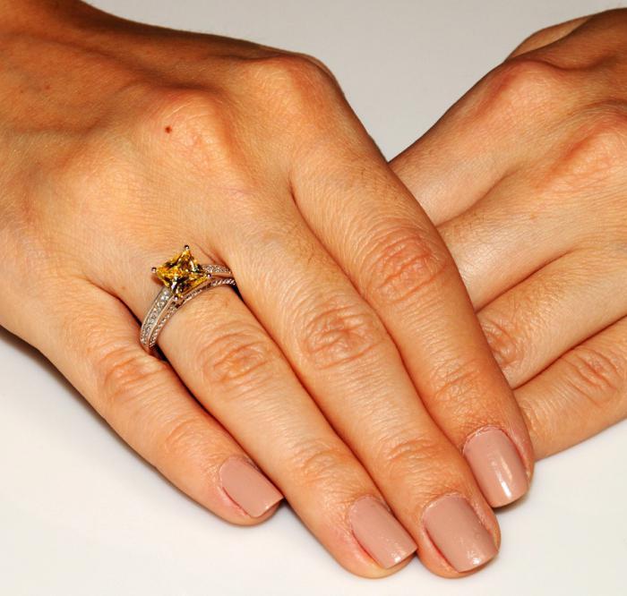 Inel Borealy Argint 925 Simulated Diamond 1.5 Carat Princess Cut Yellow Canary Mărimea 6 1