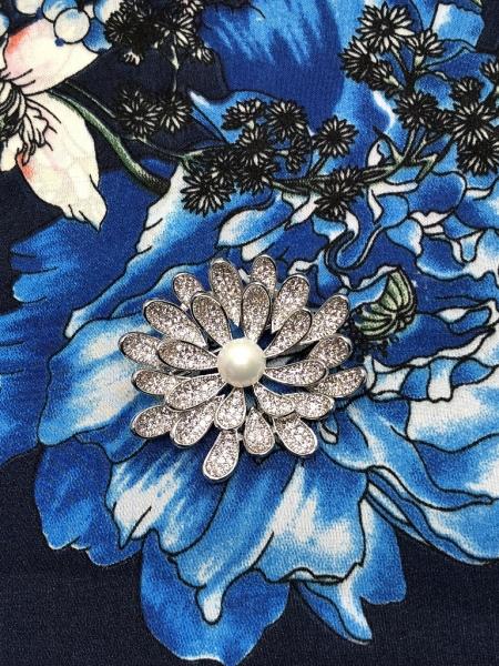 Brosa Dentelle Bouquet & Esarfa Matase Flowers by Borealy 1