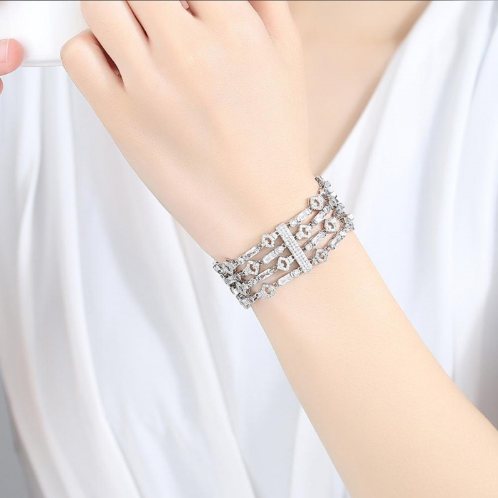 Bratara Borealy Lush Simulated Diamonds 1