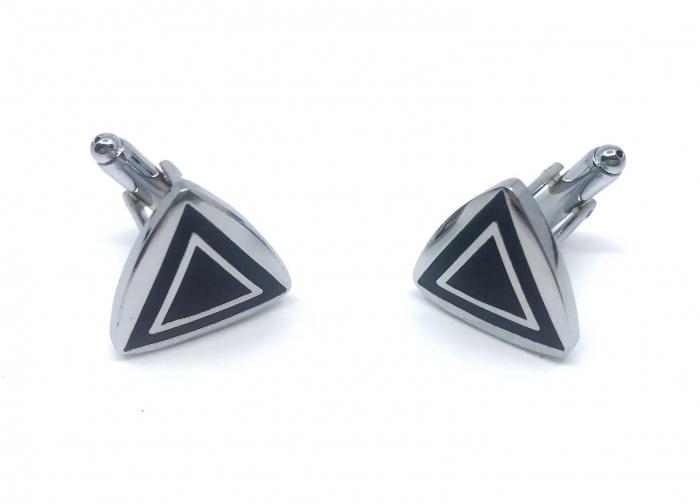 Butoni Dark Triangle, by Borealy [2]