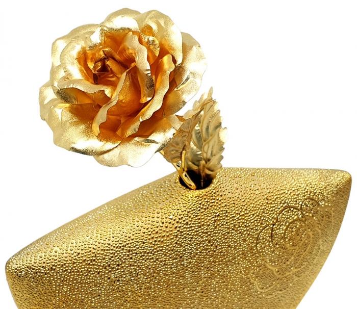 Set Cadou Trandafir Aur 24k si Vaza Rose 1