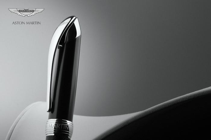 Pix Leather Aston Martin 5