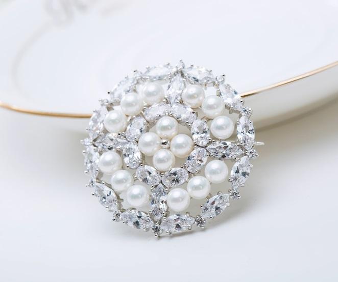 Broşă Borealy Crystal Round Pearls 4