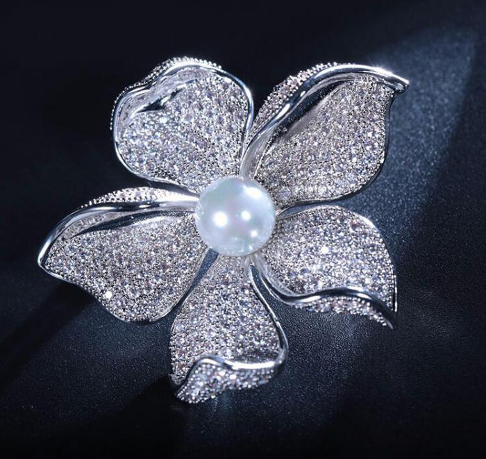 Brosa Flower Pearl by Borealy 2