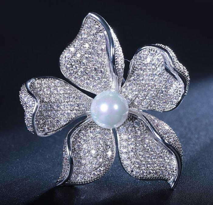 Brosa Flower Pearl by Borealy 1