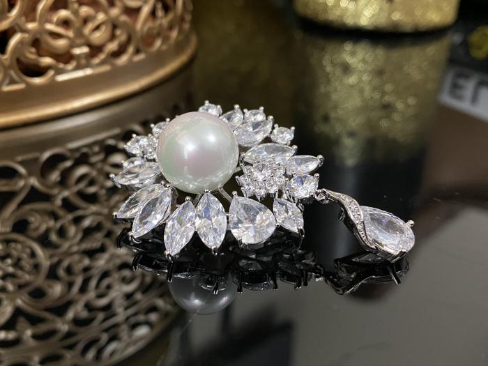 Brosa Pearl Blooming 3