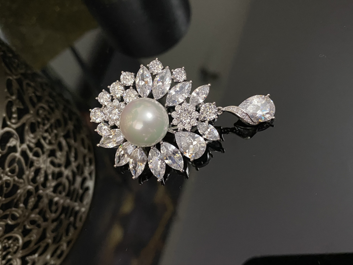 Brosa Pearl Blooming 4