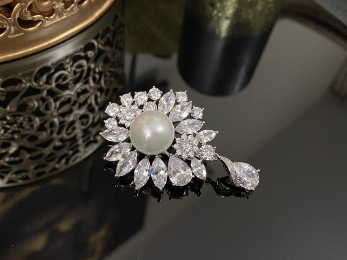 Brosa Pearl Blooming 2