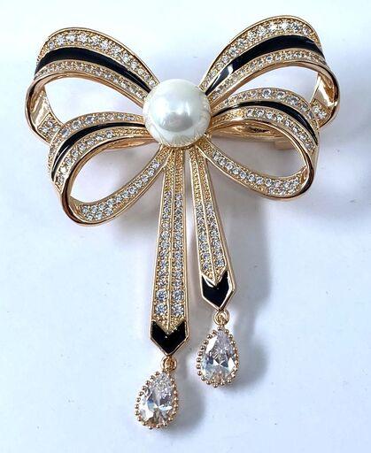 Brosa Pearl Bow Gold 0