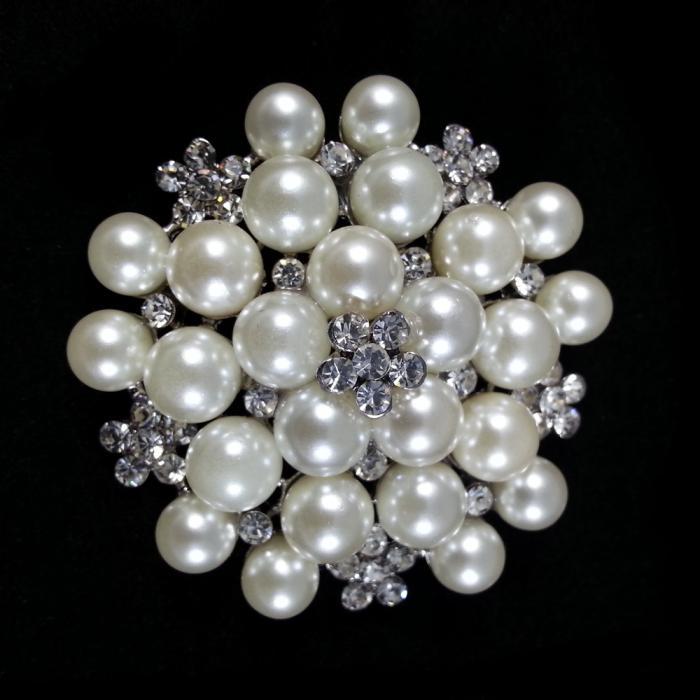 Broşă Classic Pearl 1