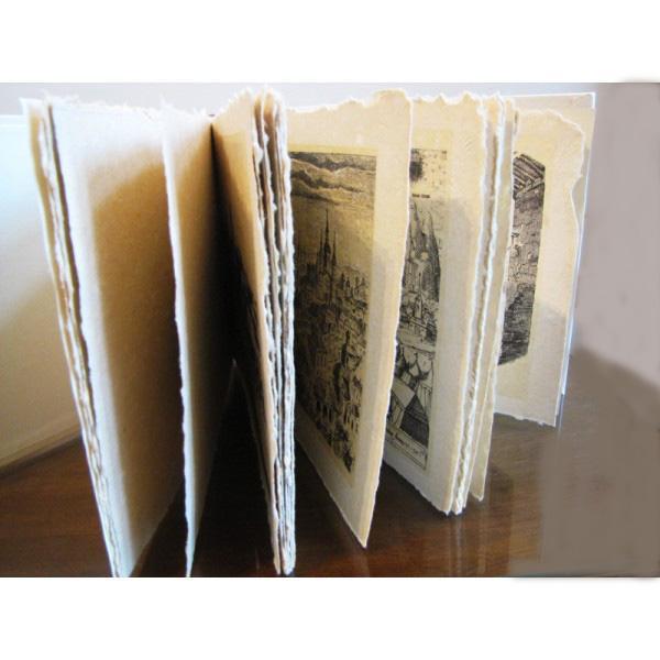 Cartea Bucureștii vechi - în date și imagini - realizată manual 3